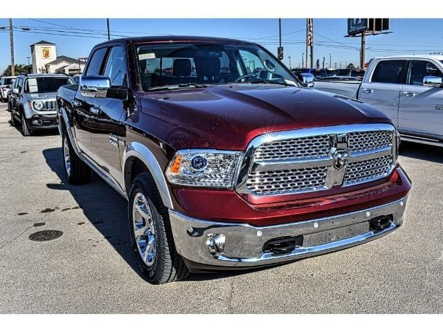 2018 Ram 1500 Crew Cab 4x4 Pickup #JS164180 - photo 4