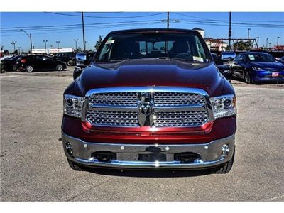 2018 Ram 1500 Crew Cab 4x4 Pickup #JS164180 - photo 5