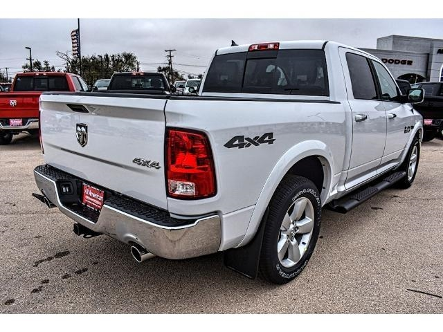 2018 Ram 1500 Crew Cab 4x4, Pickup #JS167740 - photo 2