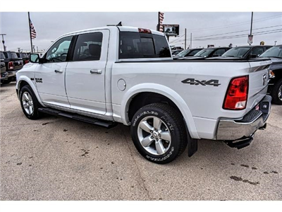 2018 Ram 1500 Crew Cab 4x4, Pickup #JS167740 - photo 3
