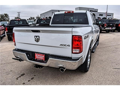 2018 Ram 1500 Crew Cab 4x4, Pickup #JS167740 - photo 10