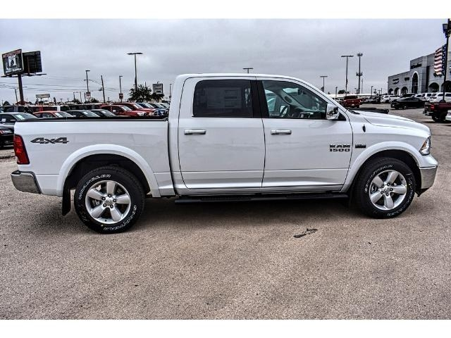 2018 Ram 1500 Crew Cab 4x4 Pickup #JS167741 - photo 12