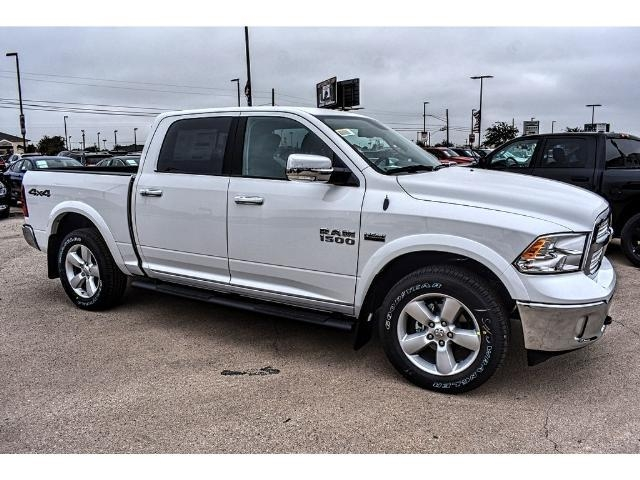 2018 Ram 1500 Crew Cab 4x4 Pickup #JS167741 - photo 26
