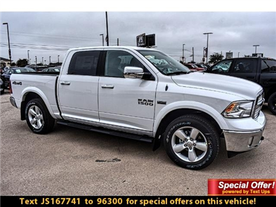 2018 Ram 1500 Crew Cab 4x4 Pickup #JS167741 - photo 4