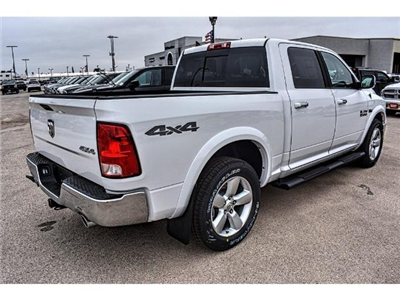 2018 Ram 1500 Crew Cab 4x4 Pickup #JS167741 - photo 5
