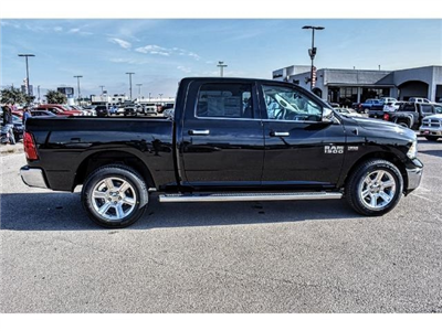 2018 Ram 1500 Crew Cab 4x4 Pickup #JS172969 - photo 12