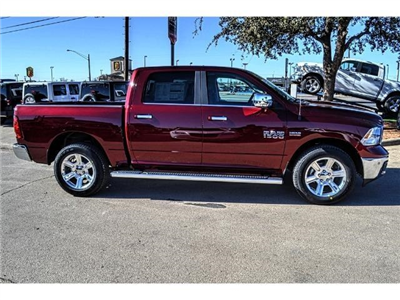 2018 Ram 1500 Crew Cab 4x4 Pickup #JS172970 - photo 12