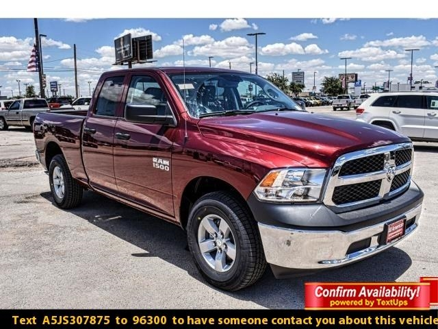 2018 Ram 1500 Quad Cab 4x4,  Pickup #JS307875 - photo 1