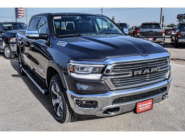 2019 Ram 1500 Crew Cab 4x2,  Pickup #KN558137 - photo 3