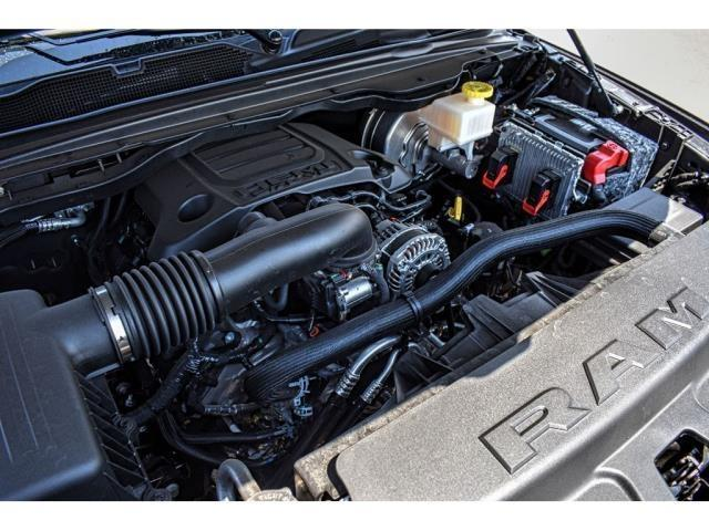 2019 Ram 1500 Crew Cab 4x2,  Pickup #KN562754 - photo 12