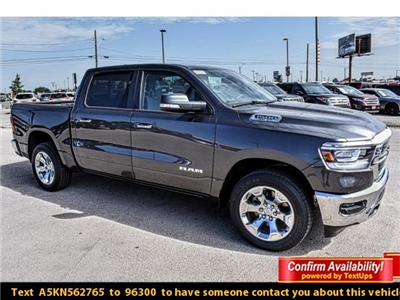 2019 Ram 1500 Crew Cab 4x2,  Pickup #KN562765 - photo 1