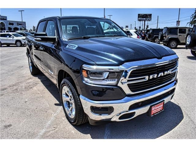 2019 Ram 1500 Crew Cab 4x2,  Pickup #KN562768 - photo 3