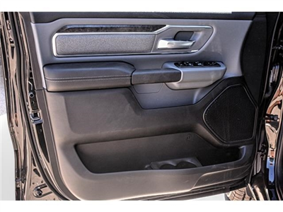 2019 Ram 1500 Crew Cab 4x2,  Pickup #KN567921 - photo 18