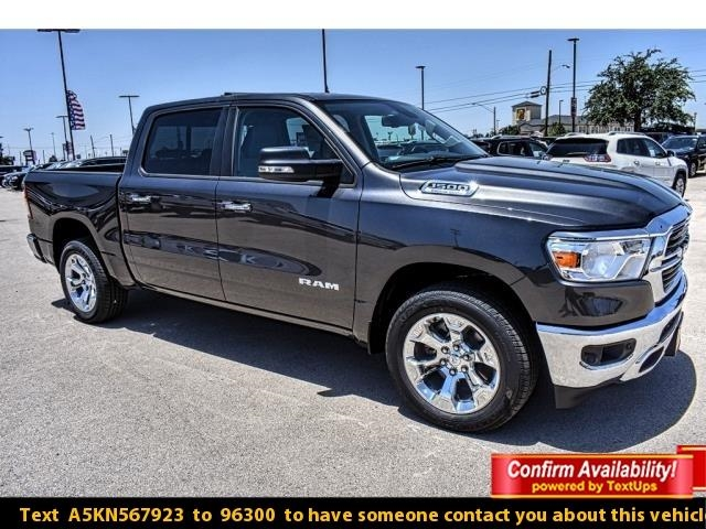 2019 Ram 1500 Crew Cab 4x2,  Pickup #KN567923 - photo 1