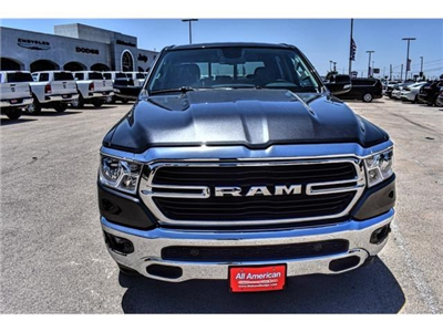 2019 Ram 1500 Crew Cab 4x2,  Pickup #KN567923 - photo 4