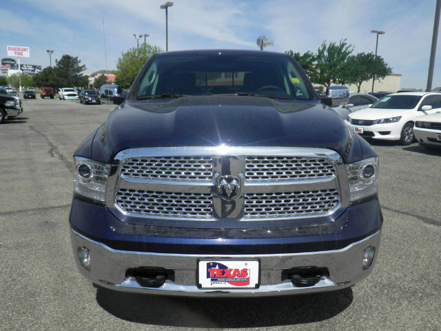 2017 Ram 1500 Crew Cab 4x4 Pickup #D10041 - photo 3