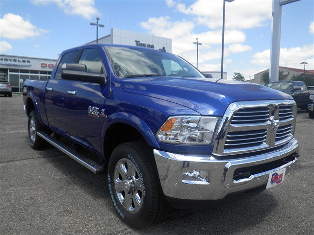 2017 Ram 2500 Crew Cab 4x4, Pickup #D10360 - photo 4