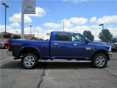 2017 Ram 2500 Crew Cab 4x4, Pickup #D10360 - photo 5