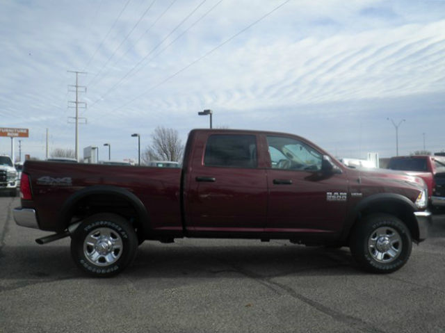 2018 Ram 2500 Crew Cab 4x4 Pickup #D10571T - photo 5