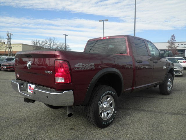 2018 Ram 2500 Crew Cab 4x4 Pickup #D10571T - photo 6