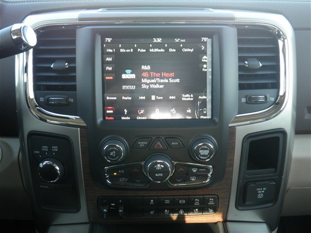 2018 Ram 2500 Crew Cab 4x4, Pickup #D10578 - photo 16