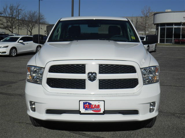 2018 Ram 1500 Quad Cab 4x4 Pickup #D10598 - photo 4