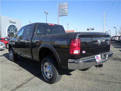 2018 Ram 2500 Crew Cab 4x4, Pickup #D10638 - photo 2