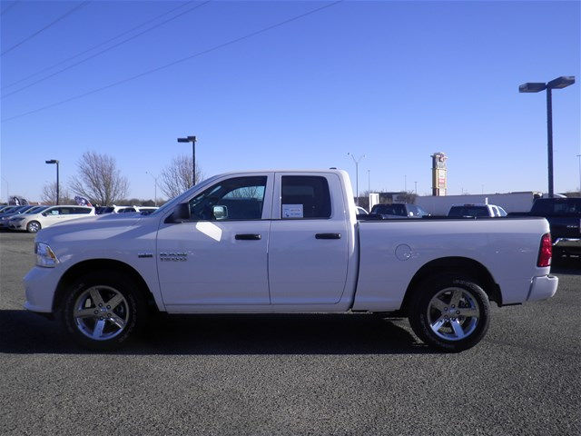 2018 Ram 1500 Quad Cab, Pickup #D10669T - photo 6