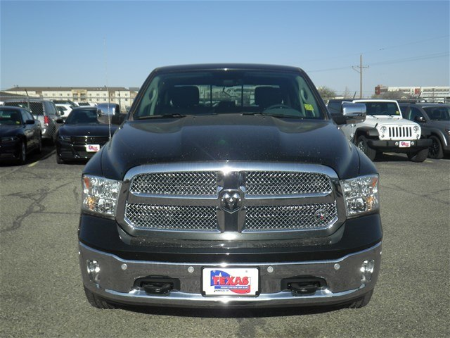 2018 Ram 1500 Crew Cab 4x4, Pickup #D10767T - photo 3