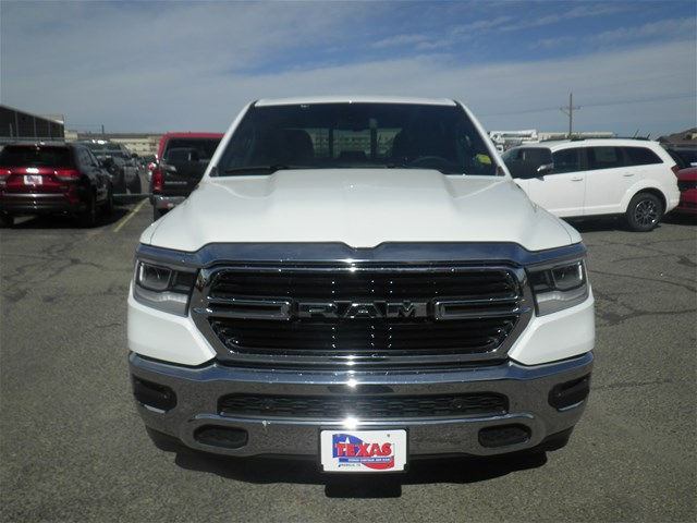 2019 Ram 1500 Crew Cab 4x2,  Pickup #D10776 - photo 3