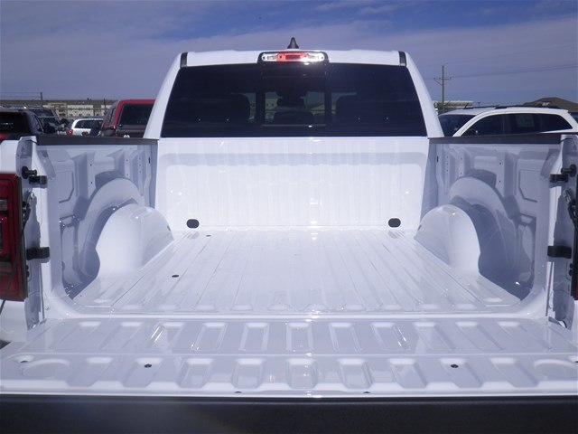 2019 Ram 1500 Crew Cab 4x2,  Pickup #D10776 - photo 8