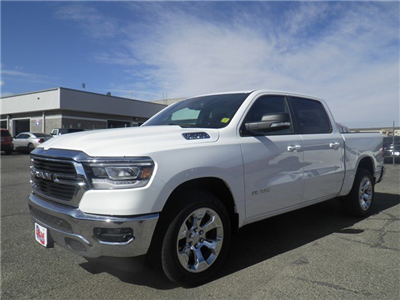 2019 Ram 1500 Crew Cab 4x2,  Pickup #D10776 - photo 1