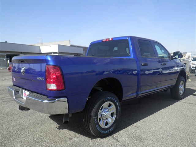 2018 Ram 2500 Crew Cab 4x4, Pickup #D10779 - photo 6