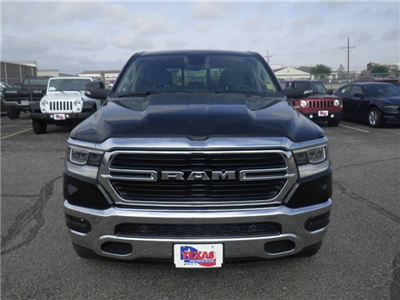 2019 Ram 1500 Crew Cab 4x4,  Pickup #D10817 - photo 3