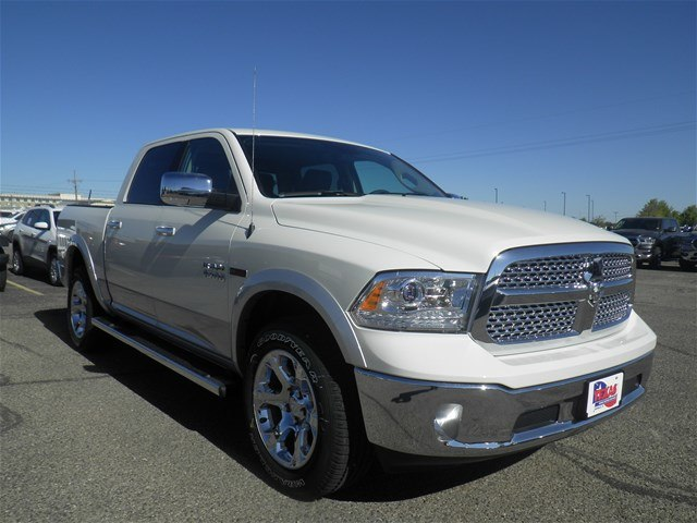 2018 Ram 1500 Crew Cab 4x4,  Pickup #D10824 - photo 3