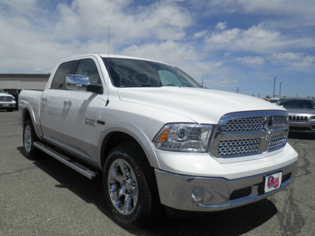 2018 Ram 1500 Crew Cab 4x4,  Pickup #D10839 - photo 4