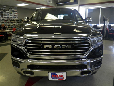 2019 Ram 1500 Crew Cab 4x4,  Pickup #D10848 - photo 3