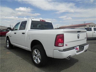 2018 Ram 1500 Crew Cab 4x4,  Pickup #D10853 - photo 2