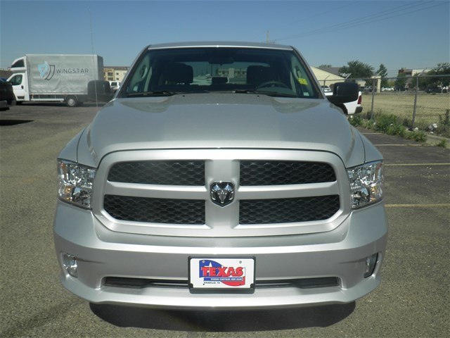 2018 Ram 1500 Crew Cab 4x4,  Pickup #D10857 - photo 3