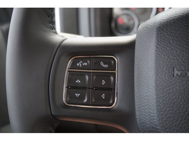2018 Ram 1500 Crew Cab 4x2,  Pickup #D10951 - photo 10