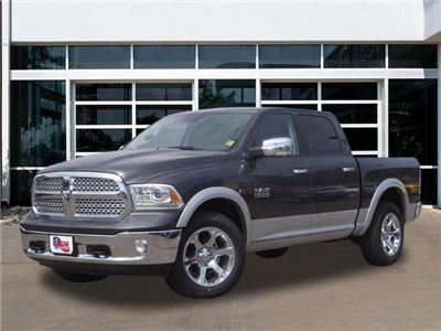 2018 Ram 1500 Crew Cab 4x4,  Pickup #D10952 - photo 1