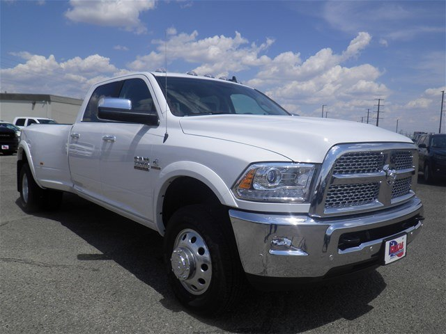 2018 Ram 3500 Crew Cab DRW 4x4,  Pickup #D11034 - photo 4