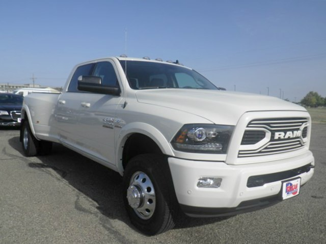 2018 Ram 3500 Crew Cab DRW 4x4,  Pickup #D11036 - photo 4
