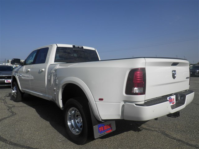 2018 Ram 3500 Crew Cab DRW 4x4,  Pickup #D11036 - photo 2