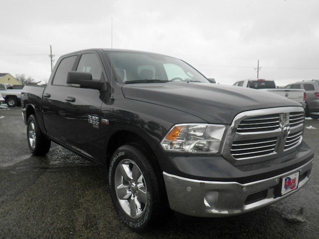 2019 Ram 1500 Crew Cab 4x2,  Pickup #D11345 - photo 4