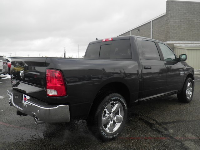 2019 Ram 1500 Crew Cab 4x2,  Pickup #D11345 - photo 6