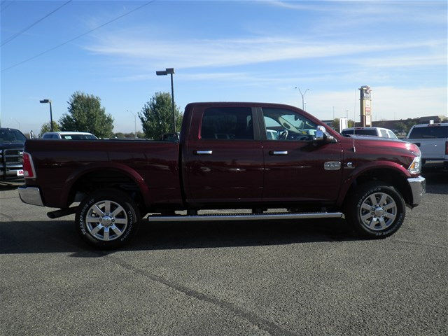 2017 Ram 2500 Crew Cab 4x4 Pickup #D9713 - photo 5