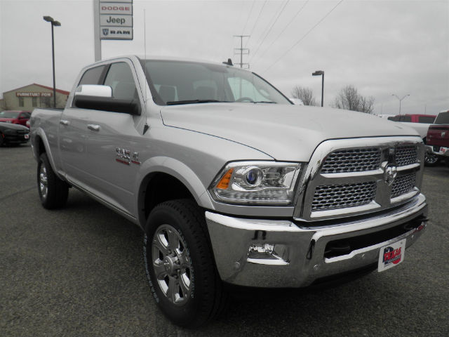 2017 Ram 2500 Crew Cab 4x4 Pickup #D9957T - photo 4