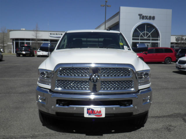 2017 Ram 2500 Crew Cab 4x4 Pickup #D9959T - photo 3