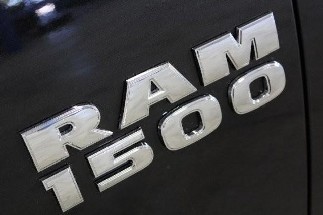 2016 Ram 1500 Crew Cab, Pickup #GG306077 - photo 6